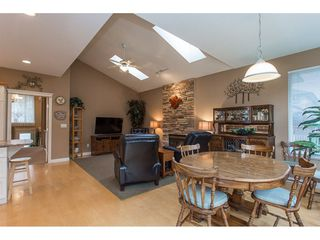 "Photo 6: 19659 JOYNER Place in Pitt Meadows: South Meadows House for sale in ""EMERALD MEADOWS"" : MLS®# R2134987"