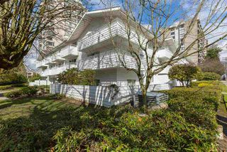 "Photo 2: 318 707 EIGHTH Street in New Westminster: Uptown NW Condo for sale in ""The Diplomat"" : MLS®# R2145933"