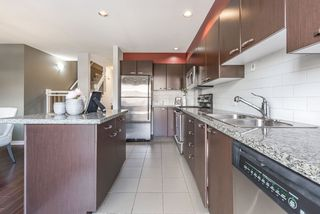 "Photo 3: 3 7533 HEATHER Street in Richmond: McLennan North Townhouse for sale in ""HEATHER GREENE"" : MLS®# R2150144"