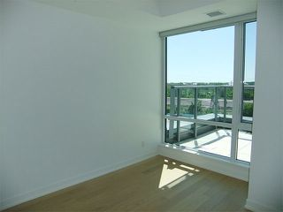 Photo 5: S606 455 E Front Street in Toronto: Waterfront Communities C8 Condo for lease (Toronto C08)  : MLS®# C3750477