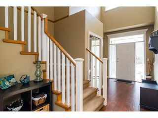 "Photo 2: 16757 61 Avenue in Surrey: Cloverdale BC House for sale in ""Clover Ridge Estates"" (Cloverdale)  : MLS®# R2151622"