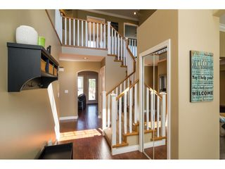 "Photo 3: 16757 61 Avenue in Surrey: Cloverdale BC House for sale in ""Clover Ridge Estates"" (Cloverdale)  : MLS®# R2151622"