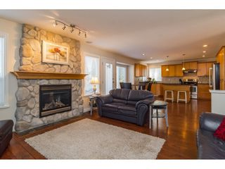 "Photo 9: 16757 61 Avenue in Surrey: Cloverdale BC House for sale in ""Clover Ridge Estates"" (Cloverdale)  : MLS®# R2151622"