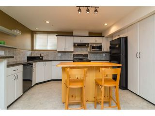 "Photo 15: 16757 61 Avenue in Surrey: Cloverdale BC House for sale in ""Clover Ridge Estates"" (Cloverdale)  : MLS®# R2151622"