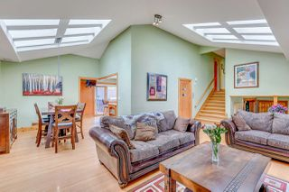 Photo 4: 1125 GRAND Boulevard in North Vancouver: Boulevard House for sale : MLS®# R2161262