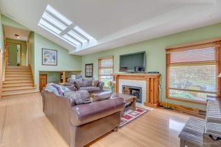 Photo 3: 1125 GRAND Boulevard in North Vancouver: Boulevard House for sale : MLS®# R2161262