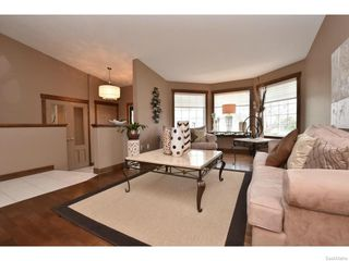 Photo 7: 8092 STRUTHERS Crescent in Regina: Westhill Single Family Dwelling for sale (Regina Area 02)  : MLS®# 607013