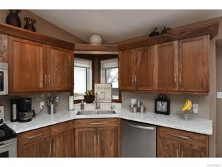 Photo 12: 8092 STRUTHERS Crescent in Regina: Westhill Single Family Dwelling for sale (Regina Area 02)  : MLS®# 607013