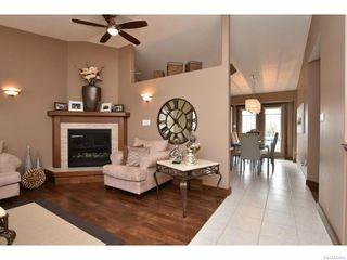 Photo 5: 8092 STRUTHERS Crescent in Regina: Westhill Single Family Dwelling for sale (Regina Area 02)  : MLS®# 607013