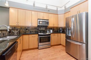 Photo 9: 512 623 Treanor Ave in VICTORIA: La Thetis Heights Condo Apartment for sale (Langford)  : MLS®# 762938