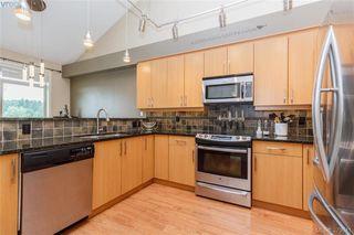 Photo 10: 512 623 Treanor Ave in VICTORIA: La Thetis Heights Condo for sale (Langford)  : MLS®# 762938