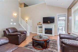 Photo 5: 512 623 Treanor Ave in VICTORIA: La Thetis Heights Condo Apartment for sale (Langford)  : MLS®# 762938