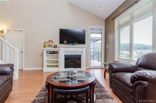 Photo 4: 512 623 Treanor Ave in VICTORIA: La Thetis Heights Condo Apartment for sale (Langford)  : MLS®# 762938