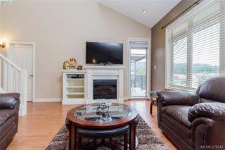 Photo 4: 512 623 Treanor Ave in VICTORIA: La Thetis Heights Condo for sale (Langford)  : MLS®# 762938