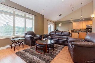 Photo 3: 512 623 Treanor Ave in VICTORIA: La Thetis Heights Condo for sale (Langford)  : MLS®# 762938
