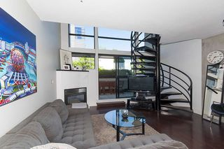 """Photo 6: 312 428 W 8TH Avenue in Vancouver: Mount Pleasant VW Condo for sale in """"XL LOFTS"""" (Vancouver West)  : MLS®# R2183046"""