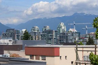 """Photo 13: 312 428 W 8TH Avenue in Vancouver: Mount Pleasant VW Condo for sale in """"XL LOFTS"""" (Vancouver West)  : MLS®# R2183046"""