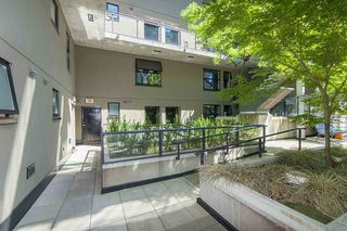 """Photo 3: 312 428 W 8TH Avenue in Vancouver: Mount Pleasant VW Condo for sale in """"XL LOFTS"""" (Vancouver West)  : MLS®# R2183046"""