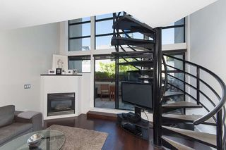 """Photo 9: 312 428 W 8TH Avenue in Vancouver: Mount Pleasant VW Condo for sale in """"XL LOFTS"""" (Vancouver West)  : MLS®# R2183046"""