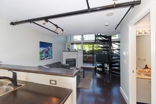 """Photo 4: 312 428 W 8TH Avenue in Vancouver: Mount Pleasant VW Condo for sale in """"XL LOFTS"""" (Vancouver West)  : MLS®# R2183046"""