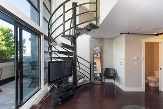"""Photo 17: 312 428 W 8TH Avenue in Vancouver: Mount Pleasant VW Condo for sale in """"XL LOFTS"""" (Vancouver West)  : MLS®# R2183046"""