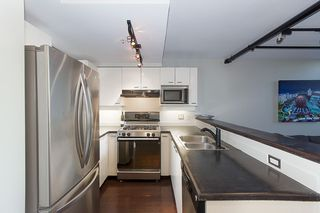 """Photo 16: 312 428 W 8TH Avenue in Vancouver: Mount Pleasant VW Condo for sale in """"XL LOFTS"""" (Vancouver West)  : MLS®# R2183046"""