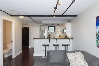 """Photo 14: 312 428 W 8TH Avenue in Vancouver: Mount Pleasant VW Condo for sale in """"XL LOFTS"""" (Vancouver West)  : MLS®# R2183046"""