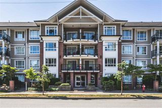"Photo 1: 412 14960 102A Avenue in Surrey: Guildford Condo for sale in ""MAX"" (North Surrey)  : MLS®# R2187894"