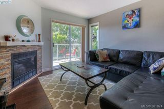 Photo 2: 304 1039 Caledonia Ave in VICTORIA: Vi Central Park Condo for sale (Victoria)  : MLS®# 765694