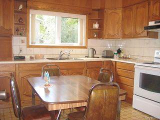 Photo 3: 246 La Verendrye Street in Winnipeg: St Boniface Residential for sale (2A)  : MLS®# 1726186