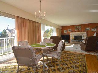 Photo 4: 2070 MURPHY Avenue in COMOX: CV Comox (Town of) House for sale (Comox Valley)  : MLS®# 771747