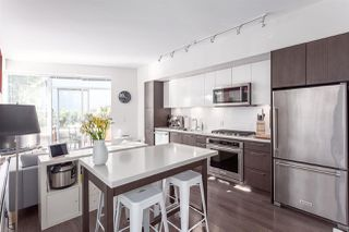 "Photo 4: 205 384 E 1ST Avenue in Vancouver: Mount Pleasant VE Condo for sale in ""CANVAS"" (Vancouver East)  : MLS®# R2212323"