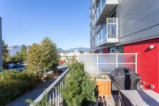 "Photo 14: 205 384 E 1ST Avenue in Vancouver: Mount Pleasant VE Condo for sale in ""CANVAS"" (Vancouver East)  : MLS®# R2212323"
