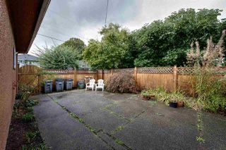 "Photo 17: 2688 HORLEY Street in Vancouver: Collingwood VE House for sale in ""NORQUAY"" (Vancouver East)  : MLS®# R2212925"