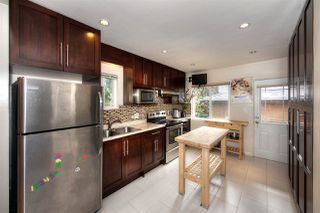 "Photo 8: 2688 HORLEY Street in Vancouver: Collingwood VE House for sale in ""NORQUAY"" (Vancouver East)  : MLS®# R2212925"