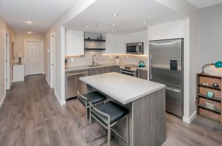 "Photo 9: 501 1255 MAIN Street in Vancouver: Mount Pleasant VE Condo for sale in ""STATION PLACE by BOSA"" (Vancouver East)  : MLS®# R2213823"