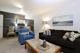 "Photo 25: 822 FREDERICK Road in North Vancouver: Lynn Valley Townhouse for sale in ""Lara Lynn"" : MLS®# R2214486"