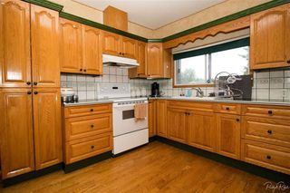 Photo 5: 22995 74 Avenue in Langley: Salmon River House for sale : MLS®# R2220723