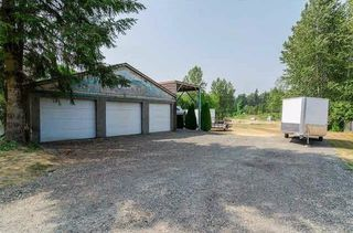 Photo 3: 22995 74 Avenue in Langley: Salmon River House for sale : MLS®# R2220723