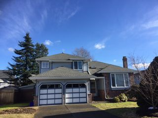 Photo 1: 8668 213 St FOREST HILLS Walnut Grove in Langley: Home for sale