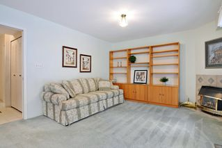 Photo 14: 8668 213 St FOREST HILLS Walnut Grove in Langley: Home for sale