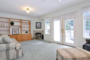 Photo 13: 8668 213 St FOREST HILLS Walnut Grove in Langley: Home for sale