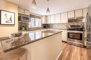 Photo 8: 71 5810 PATINA Drive SW in Calgary: Patterson House for sale : MLS®# C4174307