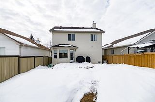 Photo 2: 18 SOMERSIDE Close SW in Calgary: Somerset House for sale : MLS®# C4174263