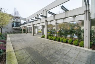 Photo 5: 2003 2982 BURLINGTON DRIVE in Coquitlam: North Coquitlam Condo for sale : MLS®# R2260525