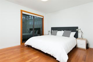 Photo 11: 715 E 18TH Street in North Vancouver: Boulevard House for sale : MLS®# R2261100