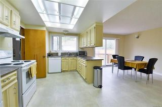 Photo 4: 7 Thornhill Bay in Winnipeg: Fort Richmond Residential for sale (1K)  : MLS®# 1814692