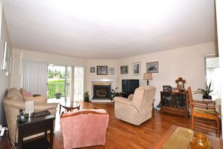 """Photo 2: 12 33922 KING Road in Abbotsford: Poplar Townhouse for sale in """"Kingsview Estates"""" : MLS®# R2282388"""