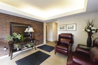 """Photo 2: 404 5350 BALSAM Street in Vancouver: Kerrisdale Condo for sale in """"Balsam House"""" (Vancouver West)  : MLS®# R2301031"""