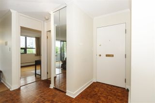 """Photo 3: 404 5350 BALSAM Street in Vancouver: Kerrisdale Condo for sale in """"Balsam House"""" (Vancouver West)  : MLS®# R2301031"""